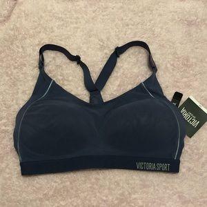 Victoria's Secret Sports bra 34D